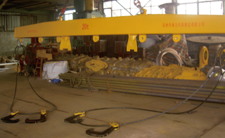 鋼卷平開加工專用橫梁吊具