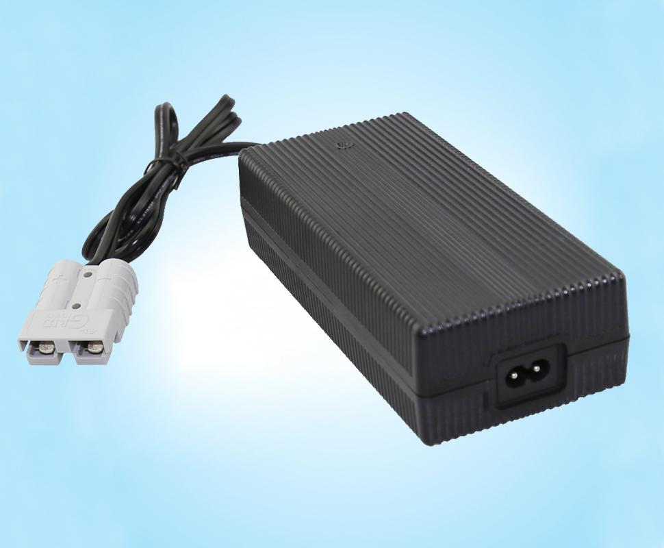 锂电池充电器充电方法误区解析及注意事项