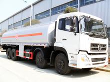 Dongfeng Tianlong 8x4 30-35CBM oil truck Euro 4