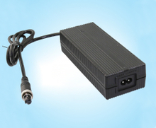 50.4V2A无人机充电器、FY5102000