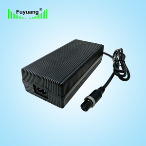 29.4V7A服務機器人充電器、FY2907000