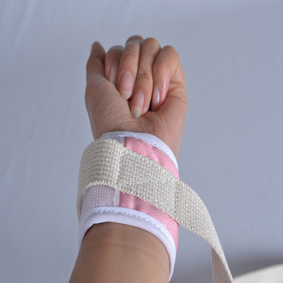 Four limbs restraint cloth for wiping tables wrist approximately tying a belt child